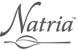 Молочко Natria - главная составляющая демакияжа.